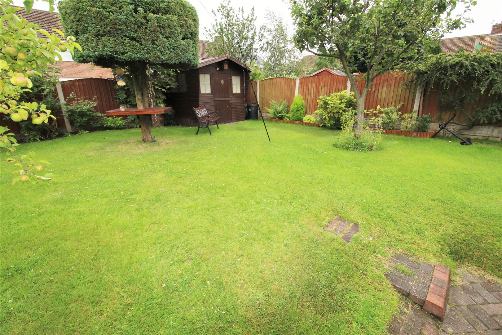 4 Bedrooms, House - Semi-Detached, North Avenue, Aintree, Liverpool